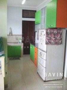 dapur minimalis ukuran kecil kombinasi warna