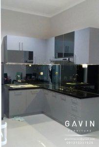 desain kitchen set minimalis modern letter L by gavin