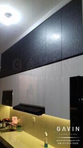 model lemari dapur minimalis motif